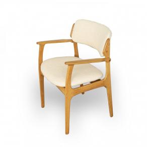 8 Light oak Scandinavian chairs