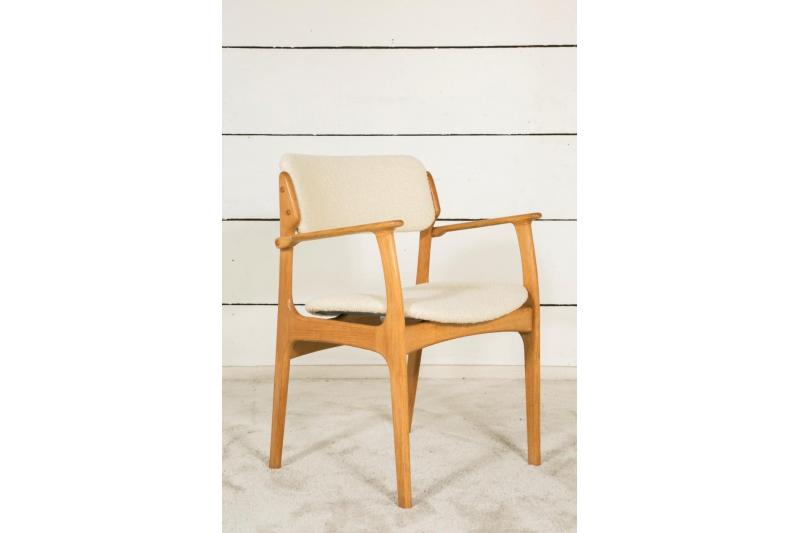 Pair of Scandinavian chairs